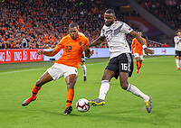 Antonio Rüdiger (Deutschland Germany) gegen Denzel Dumfries (Niederlande) - 24.03.2019: Niederlande vs. Deutschland, EM-Qualifikation, Amsterdam Arena, DISCLAIMER: DFB regulations prohibit any use of photographs as image sequences and/or quasi-video.