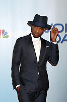 """LOS ANGELES - JAN 30:  Ne-Yo, Shaffer Chimere Smith at the """"World of Dance"""" Season 2 Photocall at the Universal Studios Stage 22 on January 30, 2018 in Universal City, CA"""