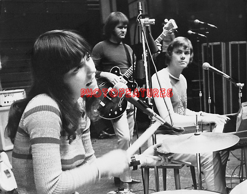 Carpenters 1971 Karen Carpenter and Richard Carpenter.© Chris Walter.