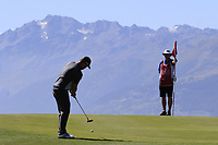 Andy Sullivan (ENG) putts on the 7th green during Saturday's Round 3 of the 2018 Omega European Masters, held at the Golf Club Crans-Sur-Sierre, Crans Montana, Switzerland. 8th September 2018.<br /> Picture: Eoin Clarke | Golffile<br /> <br /> <br /> All photos usage must carry mandatory copyright credit (&copy; Golffile | Eoin Clarke)