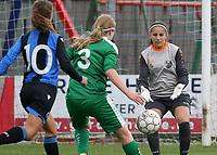 Club Brugge Vr  -  Maria Ter Heide :    : Doelvrouw Kirsten Foucart van Ter Heide kan ingrijpen voor Katinka Dubois .<br /> foto VDB / BART VANDENBROUCKE