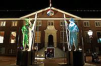 Amsterdam Light Festival. Lichtkunst. De Gatekeepers voor de Hermitage