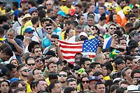 BRASILIA, DF, 01.01.2019 - BOLSONARO-POSSE-    Povo em frente ao Palácio do Planalto, durante a posse do presidente da República, Jair Bolsonaro, terça-feira, 01.(Foto:Ed Ferreira / Brazil Photo Press)