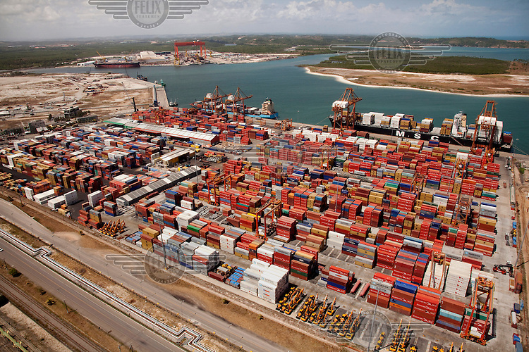 Shipping containers in Porto de Suape (Suape port).