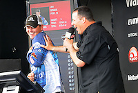 NWA Democrat-Gazette/FLIP PUTTHOFF <br /> Jeff Sprague of Point, Texas (left), in third place, and FLW emcee Chris Jones joke on stage Saturday April 16, 2016 after Sprague weighed five bass that weighed 15 pounds, 8 ounces.