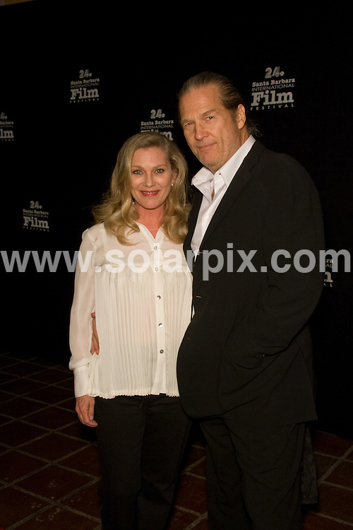 "**ALL ROUND PICTURES FROM SOLARPIX.COM**.**SYNDICATION RIGHTS FOR UK, AUSTRALIA, DENMARK, PORTUGAL, S. AFRICA, SPAIN & DUBAI (U.A.E) ONLY**.Jeff Bridges arrives for the 24th Annual Santa Barbara International Film Festival Opening Night Film ""Nothing but the Truth"". Held at Arlington Theatre, Santa Barbara, California, USA. 22nd January 2009..This pic: Jeff Bridges..JOB REF: 8285 PHZ (Hatcher)    DATE: 22_01_2009.**MUST CREDIT SOLARPIX.COM OR DOUBLE FEE WILL BE CHARGED* *UNDER NO CIRCUMSTANCES IS THIS IMAGE TO BE REPRODUCED FOR ANY ONLINE EDITION WITHOUT PRIOR PERMISSION*"