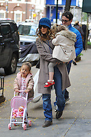 Sarah Jessica Parker, Matthew Broderick & twin daughters in New York