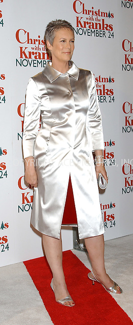 WWW.ACEPIXS.COM . . . . . ....NEW YORK, NOVEMBER 15, 2004....Jamie Lee Curtis at the world premiere of Christmas With the Kranks at Radio City Music Hall.....Please byline: ACE006 - ACE PICTURES.. . . . . . ..Ace Pictures, Inc:  ..Alecsey Boldeskul (646) 267-6913 ..Philip Vaughan (646) 769-0430..e-mail: info@acepixs.com..web: http://www.acepixs.com