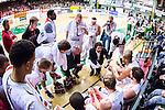 S&ouml;dert&auml;lje 2014-04-22 Basket SM-Semifinal 7 S&ouml;dert&auml;lje Kings - Uppsala Basket :  <br /> Uppsalas assisterande tr&auml;nare Kevin Gaines i aktion med Uppsala Basket spelare under en timeout<br /> (Foto: Kenta J&ouml;nsson) Nyckelord:  S&ouml;dert&auml;lje Kings SBBK Uppsala Basket SM Semifinal Semi T&auml;ljehallen