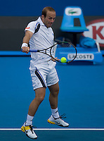 Olivier Rochus (BEL) against Fernando Gonzalez (CHI) in the First Round of the Men's SIngles. Gonzalez beat Rochus 6-3 6-4 3-6 6-1..International Tennis - Australian Open Tennis - Mon 18 Jan 2010 - Melbourne Park - Melbourne - Australia ..© Frey - AMN Images, 1st Floor, Barry House, 20-22 Worple Road, London, SW19 4DH.Tel - +44 20 8947 0100.mfrey@advantagemedianet.com