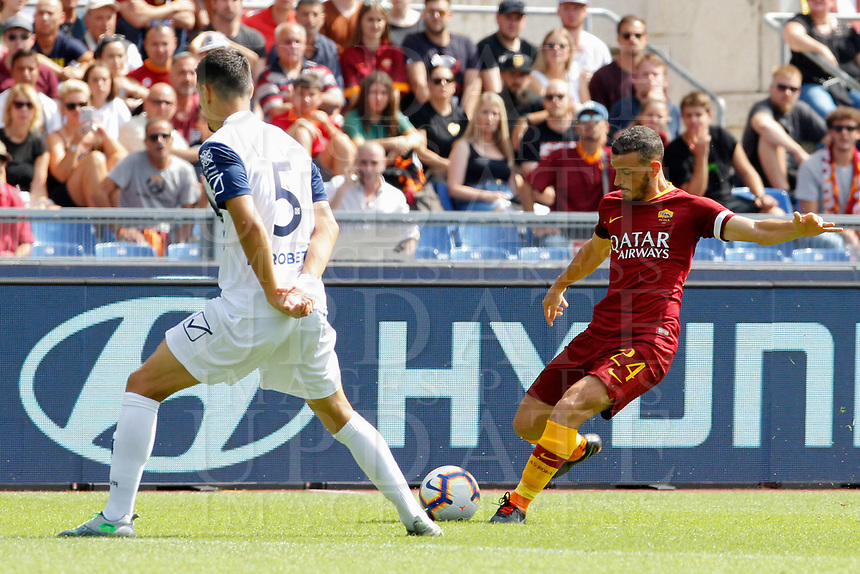 Roma's Alessandro Florenzi, right, is challenged by Chievo Verona's Federico Barba during the Italian Serie A football match between Roma and Chievo Verona at Rome's Olympic stadium, September 16, 2018.<br /> UPDATE IMAGES PRESS/Riccardo De Luca