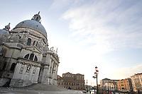 Una veduta della Basilica di Santa Maria della Salute, sul Canal Grande, a Venezia.<br /> A view of the Basilica of Santa Maria della Salute, on the Canal Grande, in Venice.<br /> UPDATE IMAGES PRESS/Riccardo De Luca
