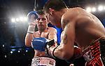Sergio  Martinez derroto a Darren Barket por ko en el 11 asalto asi reteniendo el titulo mundial wbc , en Atlantic City  fotos  Marco Perez