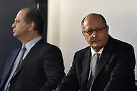 BRASÍLIA, DF, 26.04.2017 – ALCKMIN-DF – O governador de São Paulo Geraldo Alckmin durante abertura do IV Encontro dos Municípios com o Desenvolvimento Sustentável, BRASÍLIA, DF, 26.04.2017 – ALCKMIN-DF – O ministro da Saúde, Ricardo Barros e o governador de São Paulo Geraldo Alckmin durante abertura do IV Encontro dos Municípios com o Desenvolvimento Sustentável, organizado pela Frente Nacional de Prefeitos,  na manhã desta quarta-feira, 26, no Estádio Nacional Mané Garrincha. (Foto: Ricardo Botelho/Brazil Photo Press)