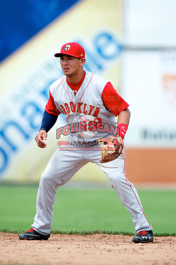 Brooklyn Cyclones shortstop Phillip Evans #28 during a game against the Batavia Muckdogs at Dwyer Stadium on July 26, 2012 in Batavia, New York.  Brooklyn defeated Batavia 7-1.  (Mike Janes/Four Seam Images)