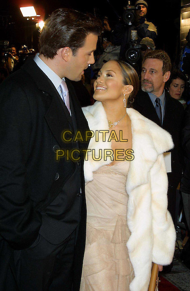 BEN AFFLECK &  JENNIFER LOPEZ..Maid In Manhattan Film Premiere in New York..j lo, celebrity couple, half length, half-length, loved up..www.capitalpictures.com..sales@capitalpictures.com..©Capital Pictures