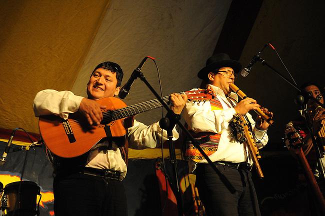 El Sueno Existe Festival<br /> Machynlleth<br /> Wales<br /> Kausary, Andean, Latin American Band.
