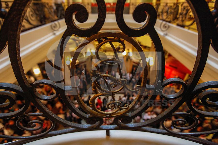 SAO PAULO, SP, 04 AGOSTO 2012 - EXPOSICAO IMPRESSIONISMO PARIS E A MODERNIDADE -  Abertura da Exposicao Impressionismo: Paris e a Modernidade, no CCBB - Centro Cultural Banco do Brasil , regiao central da capital paulista, neste sabado, 04. (FOTO: VANESSA CARVALHO / BRAZIL PHOTO PRESS)