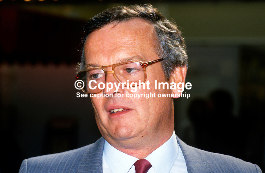 David Warburton, national officer, GMBATU, General Municipal Boilermakers & Allied Trade Union, UK, 19870908DW..Copyright Image from Victor Patterson, 54 Dorchester Park, Belfast, UK, BT9 6RJ..Tel: +44 28 9066 1296.Mob: +44 7802 353836.Voicemail +44 20 8816 7153.Skype: victorpattersonbelfast.Email: victorpatterson@me.com.Email: victorpatterson@ireland.com (back-up)..IMPORTANT: If you wish to use this image or any other of my images please go to www.victorpatterson.com and click on the Terms & Conditions. Then contact me by email or phone with the reference number(s) of the image(s) concerned.