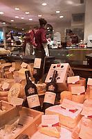 Europe/Suisse/Saanenland/Gstaad: Epicerie fine: Pernet Comestibles sur la Promenade. C'est le Fauchon de Gstaad