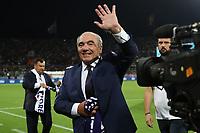 Rocco Commisso Presidente of Fiorentina greets <br /> Firenze 24-8-2019 Stadio Artemio Franchi <br /> Football Serie A 2019/2020 <br /> ACF Fiorentina - SSC Napoli <br /> Photo Cesare Purini / Insidefoto