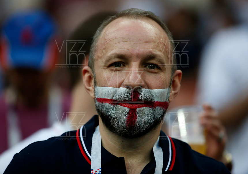 MOSCU - RUSIA, 11-07-2018: Un hincha de Inglaterra durante partido de Semifinales entre Croacia y Inglaterra por la Copa Mundial de la FIFA Rusia 2018 jugado en el estadio Luzhnikí en Moscú, Rusia. / A fan of England during the match between Croatia and England of Semi-finals for the FIFA World Cup Russia 2018 played at Luzhniki Stadium in Moscow, Russia. Photo: VizzorImage / Julian Medina / Cont