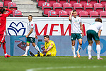 Jubel Mainz nach dem 3:1 Jiri Pavlenka (Werder Bremen #01) am Boden enttäuscht / enttaeuscht / traurig, Niklas Moisander (Werder Bremen #18 Kapitaen), Maximilian Eggestein (Werder Bremen #35)<br /> <br /> <br /> Sport: nphgm001: Fussball: 1. Bundesliga: Saison 19/20: 33. Spieltag: 1. FSV Mainz 05 vs SV Werder Bremen 20.06.2020<br /> <br /> Foto: gumzmedia/nordphoto/POOL <br /> <br /> DFL regulations prohibit any use of photographs as image sequences and/or quasi-video.<br /> EDITORIAL USE ONLY<br /> National and international News-Agencies OUT.
