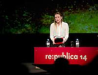 Berlin, die britische Journalistin und Mitarbeiterin von WikiLeaks Sarah Harrison am Dienstag (06.05.2014) bei der Internetkonfenenz Re:publica. Harrison gilt als enge Beraterin von Julian Assange und begleitete Edward Snowden von Hongkong nach Moskau. Foto: Steffi Loos/CommonLens