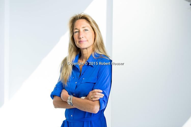 Portrait of-Pam-van-der-Lee ATLX