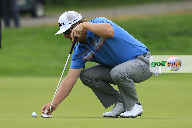 Charley Hoffman (USA) on the 1st green during Friday's Round 1 of the 2016 U.S. Open Championship held at Oakmont Country Club, Oakmont, Pittsburgh, Pennsylvania, United States of America. 17th June 2016.<br /> Picture: Eoin Clarke | Golffile<br /> <br /> <br /> All photos usage must carry mandatory copyright credit (&copy; Golffile | Eoin Clarke)
