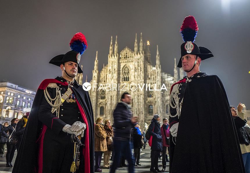 Carabinieri in Piazza Duomo a Milano