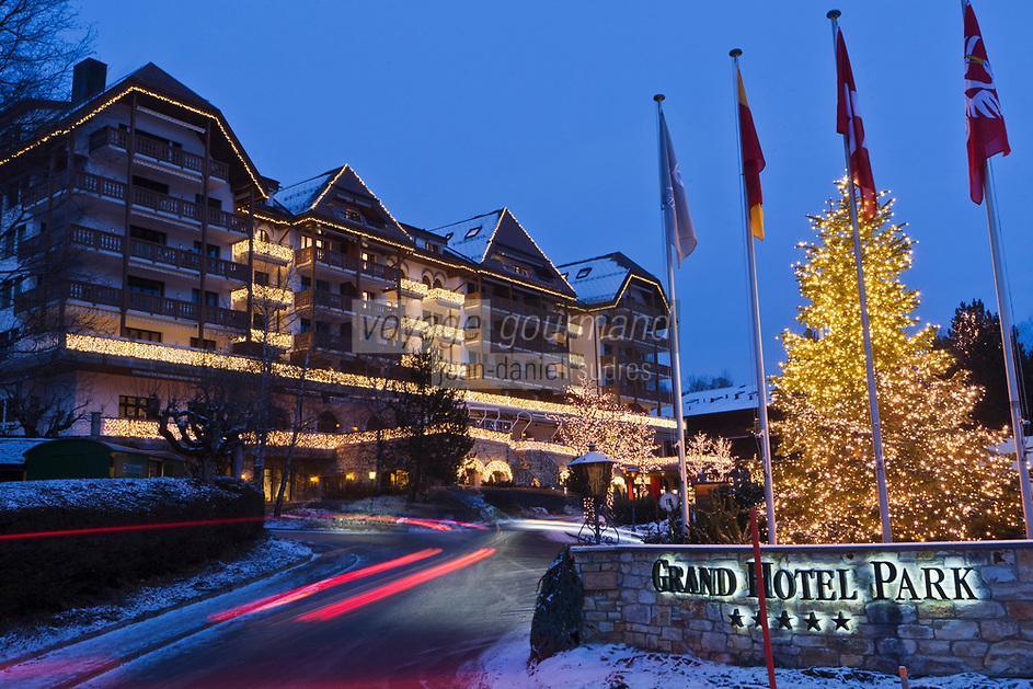 Europe/Suisse/Saanenland/Gstaad: Grand Hôtel Park - Vue nocturne