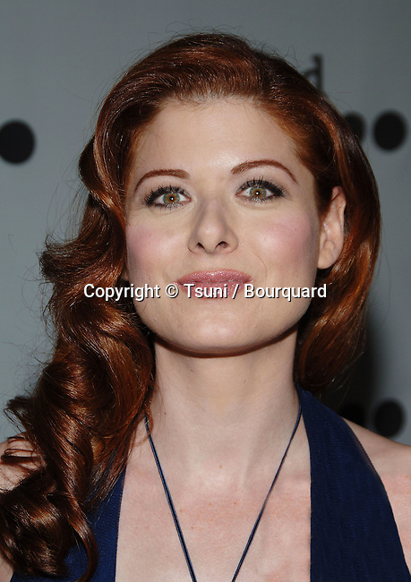 Debra Messing arriving at the GLAAD Awards at the Kodak Theatre in Los Angeles. April 8 2006.