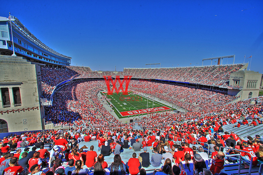 The 2016 Ohio State University football team hosts 100,189 fans and students in the horseshoe for their Spring Game. Columbus, OH April 15, 2016