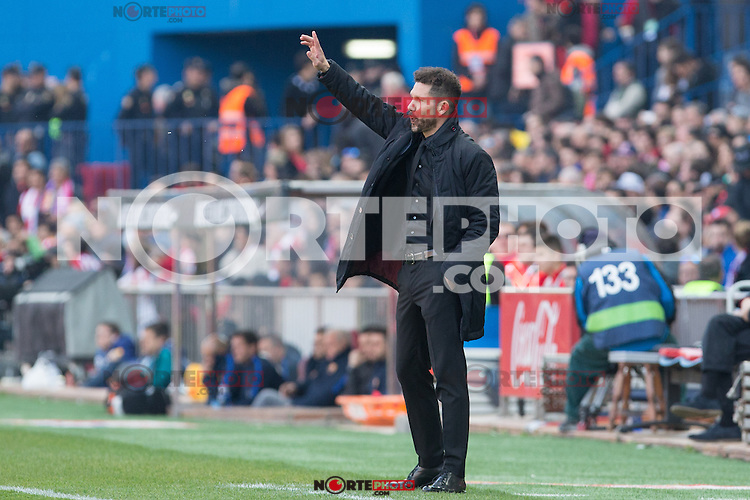 Diego Pablo Cholo Simeone coach of Atletico de Madrid shouts instructions from the sideline during the match of Spanish La Liga between Atletico de Madrid and Futbol Club Barcelona at Vicente Calderon Stadium in Madrid, Spain. February 26, 2017. (Rodrigo Jimenez / ALTERPHOTOS) /NortEPhoto.com