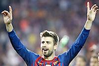MADRID, ESPANHA, 25 DE MAIO 2012 - FINAL COPA DO REY - BARCELONA X ATHLETIC CLUB -  Pique comemora a conquista da Copa do Rey no Estadio San Mames em Madrid capital da Espanha, ontem dia 25. (FOTO: ALVARO HERNANDEZ / ALFAQUI / BRAZIL PHOTO PRESS).