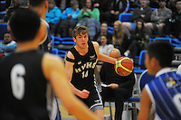 Action from the 2014 College Sport Wellington senior boys' Basketball Championship final between the St Patrick's College (Town) and Hutt Valley High School at Te Rauparaha Arena, Porirua, Wellington, New Zealand on Thursrday, 28 August 2014. Photo: Dave Lintott / lintottphoto.co.nz