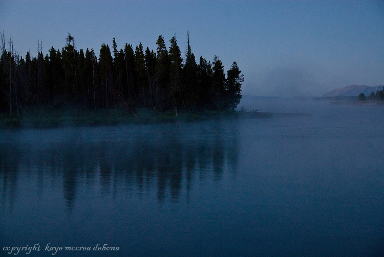 Silhouettes and sunrises on Yellowstone River