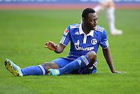 FUSSBALL   1. BUNDESLIGA  SAISON 2011/2012   32. Spieltag FC Augsburg - FC Schalke 04         22.04.2012 Chinedu Obasi (FC Schalke 04)