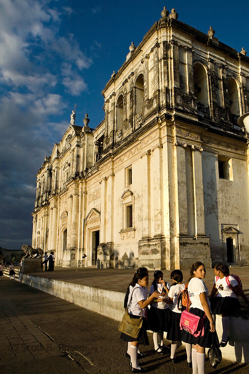 La Catedral de Leon, the largest cathedral in Central America, with a group of young Nicaraguan students, Leon, Nicaragua