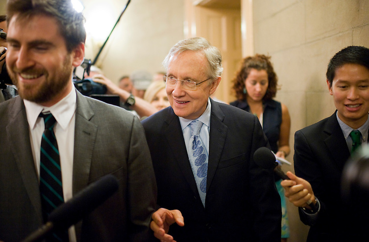 UNITED STATES - JULY 31:  Senate Majority Leader Harry Reid, D-Nev., makes his way to the Senate side of the Capitol after a meeting in the office House Minority Leader Nancy Pelosi, D-Calif.  Other Senate democrats also were in attendance.  (Photo By Tom Williams/Roll Call)