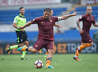 Calcio, Serie A: Roma vs Sampdoria. Roma, stadio Olimpico, 11 settembre 2016.<br /> Roma&rsquo;s Francesco Totti kicks the ball during the Italian Serie A football match between Roma and Sampdoria at Rome's Olympic stadium, 11 September 2016. Roma won 3-2.<br /> UPDATE IMAGES PRESS/Isabella Bonotto