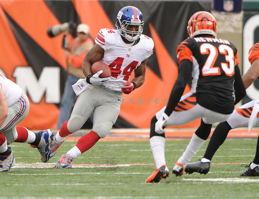 New York Giants Ahmad Bradshaw (44) in action during a game against the Bengals on November 11, 2012 at Paul Brown Stadium in Cincinnati, OH. The Bengals beat the Giants 31-13.
