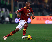 Calcio, quarti di finale di Coppa Italia: Roma vs Juventus. Roma, stadio Olimpico, 21 gennaio 2014.<br /> AS Roma defender Maicon, of Brazil, in action during the Italian Cup round of eight final football match between AS Roma and Juventus, at Rome's Olympic stadium, 21 January 2014.<br /> UPDATE IMAGES PRESS/Isabella Bonotto
