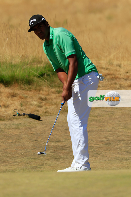 Tony Finau (USA) putts on the 6th green during Sunday's Final Round of the 2015 U.S. Open 115th National Championship held at Chambers Bay, Seattle, Washington, USA. 6/21/2015.<br /> Picture: Golffile | Eoin Clarke<br /> <br /> <br /> <br /> <br /> All photo usage must carry mandatory copyright credit (&copy; Golffile | Eoin Clarke)