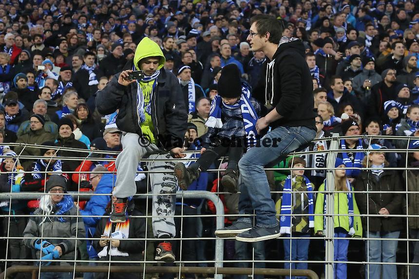 Darmstaedter Fans haben aus dem Zaununfall von Frankfurt nichts gelernt - SV Darmstadt 98 vs. 1. FC Union Berlin, Stadion am Boellenfalltor