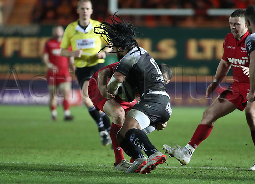 20th January 2018, Parc y Scarlets, Llanelli, Wales; European Rugby Champions Cup, Scarlets versus Toulonnaise; Ma'a Nonu of Toulon is tackled by Ken Owens of Scarlets
