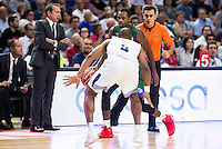 Real Madrid's player Dontaye Draper and Unicaja Malaga's player Oliver Lafayette during match of Liga Endesa at Barclaycard Center in Madrid. September 30, Spain. 2016. (ALTERPHOTOS/BorjaB.Hojas) /NORTEPHOTO.COM