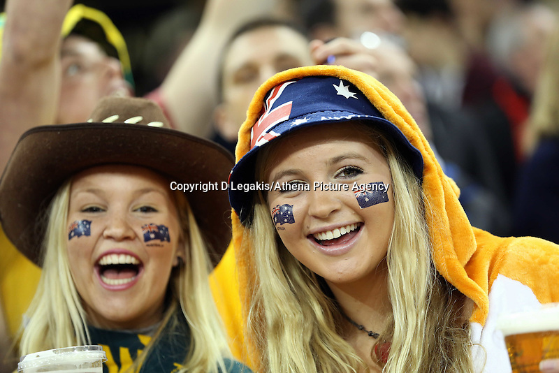 Pictured: Two female Australia supporters. Saturday 08 November 2014<br />