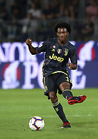 Calcio, Serie A: Frosinone-Juventus, Benito Stirpe stadium, Frosinone, September 23, 2018. <br /> Juventus Juan Cuadrado in action during the Italian Serie A football match between Frosinone and Juventus at Frosinone stadium on September 23, 2018.<br /> UPDATE IMAGES PRESS/Isabella Bonotto